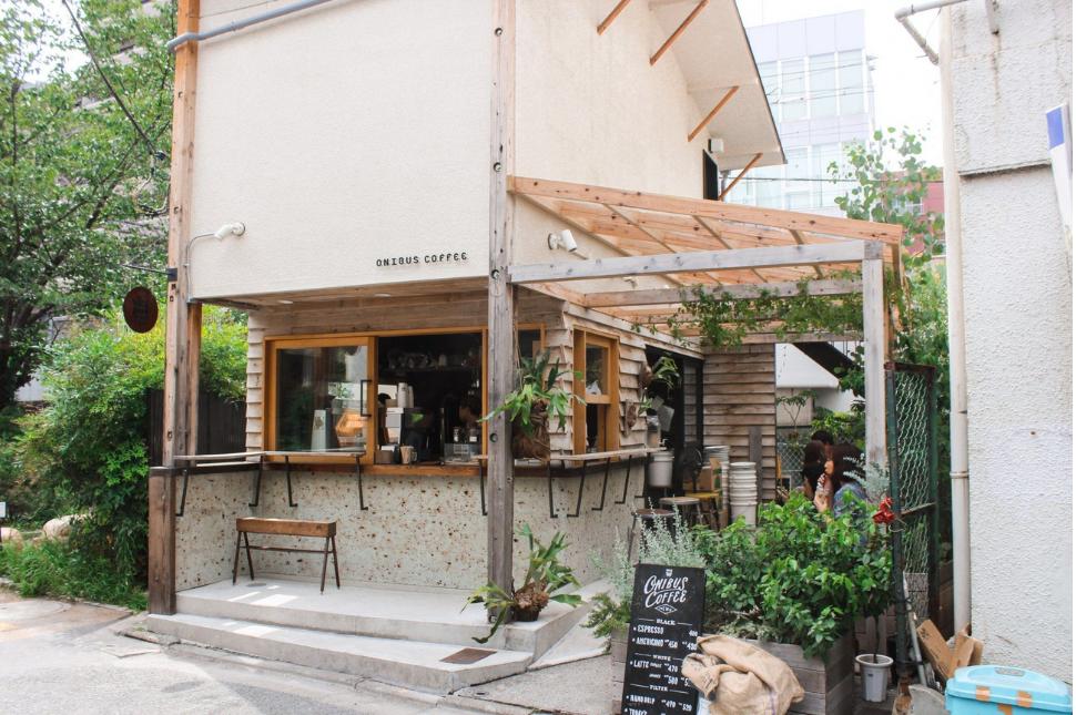 Thiết Kế Quán Cafe Take Away Đẹp 5